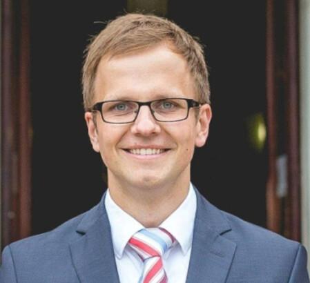 Aaron Schröder