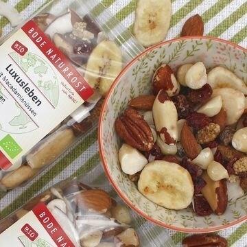 LOGO_luxury life - macadamia nut-fruit-mix without raisins organic