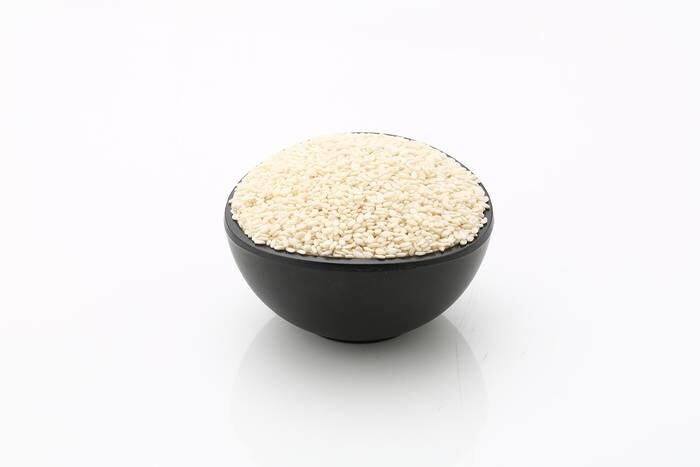 LOGO_Hulled Sesame seeds