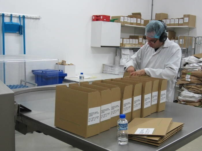 LOGO_Private label packaging