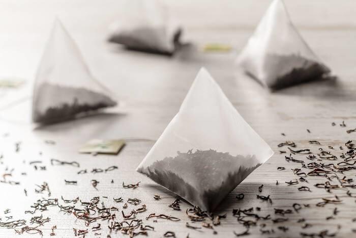 LOGO_Pyramid-shaped Bags