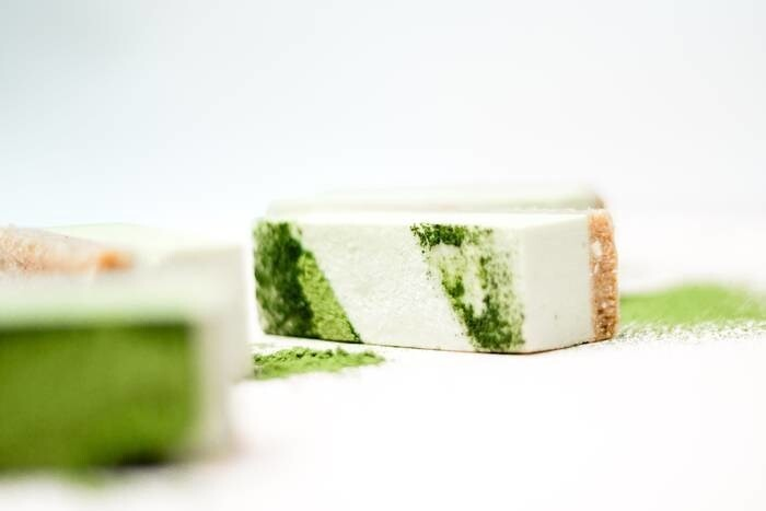 LOGO_RAW DESSERTS - lemon matcha