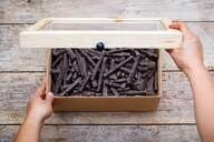 LOGO_Fingers made of sesam seeds & dark chocolate