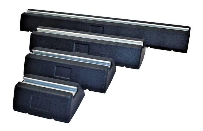 LOGO_SFR Range - Dämpfungssockel