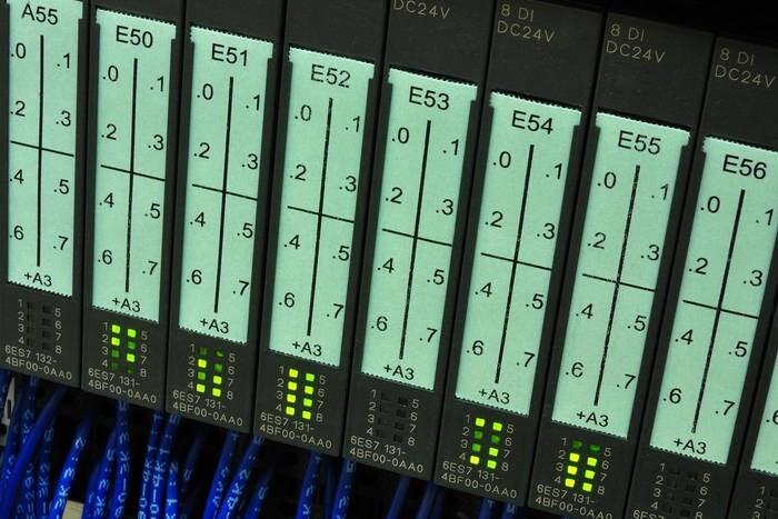 LOGO_eyICL8P - IC für SPS Steuerungen
