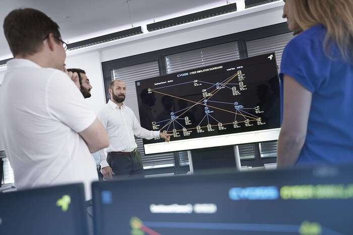 LOGO_Cyber Simulation & Training Center