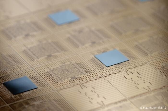 LOGO_Moderne Packaging Lösungen für innovative IPs
