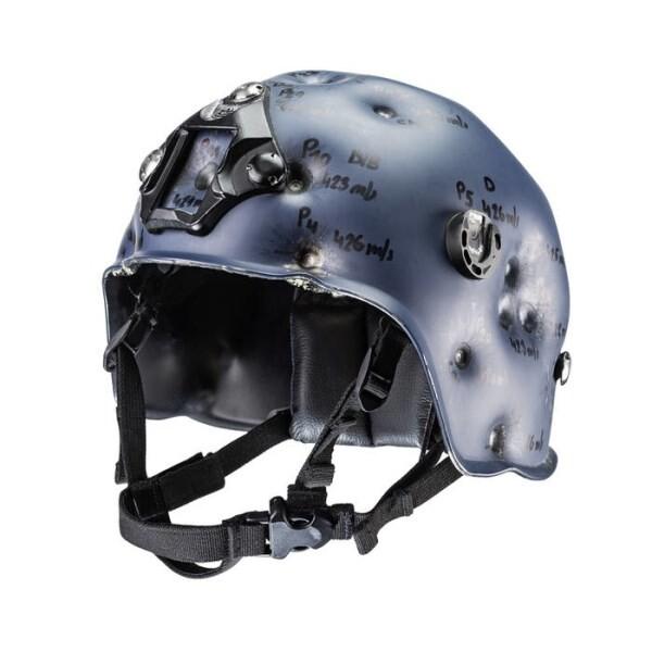 LOGO_Beschoßender Helm