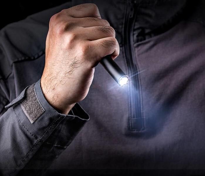 LOGO_LED-Stifttaschenlampe mit Glasbrecher