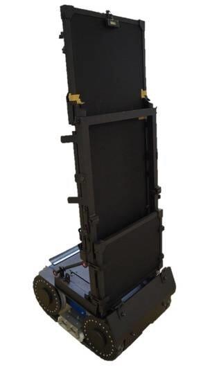 LOGO_Ballistic protective shield on electronic trolley