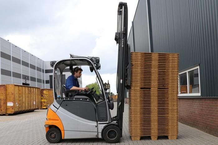 LOGO_Inka-Paletten: Platzsparend stapelbar, ergonomisch und sicher im Handling