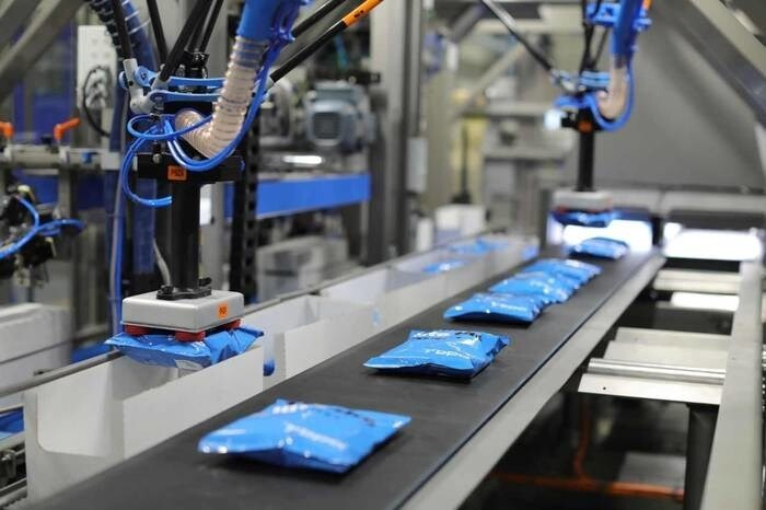 LOGO_SPIDER Q-series – fully integrated Delta robotic case packing system