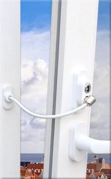 LOGO_WINDOW & DOOR SAFETY FOR CHILDREN