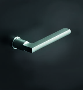 LOGO_FSB Plug-in handles for internal doors