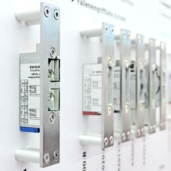 LOGO_Elektrische Türöffner FT300 –Flexible Sicherheit für Brandschutztüren