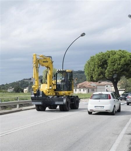 LOGO_Midi-excavator wheeled PW118MR-11
