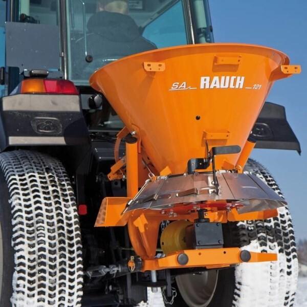 LOGO_RAUCH SA 121 – große Leistung mit kleinen Traktoren