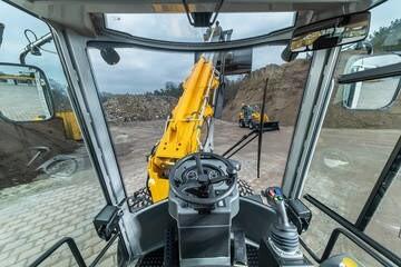 LOGO_PAUS Schwenklader SL9075 und PAUS Teleskop-Schwenklader TSL9088-T7