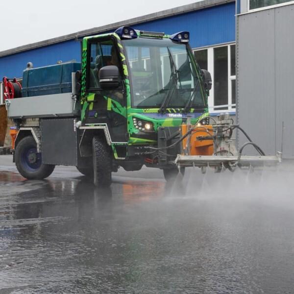 LOGO_VM 7000 H50 - Allrad-Kommunalfahrzeug