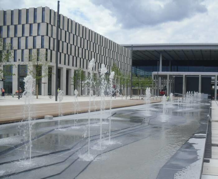 LOGO_Berlin, Flughafen Schönefeld
