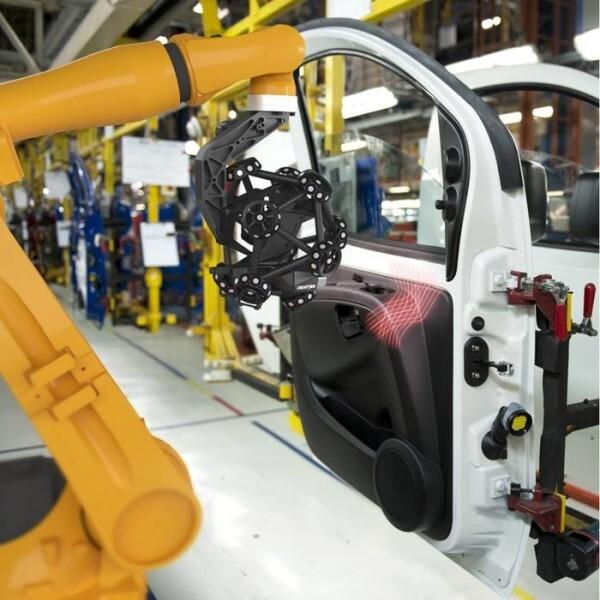 LOGO_Robotergeführter optischer 3D-Scanner - MetraSCAN 3D-R