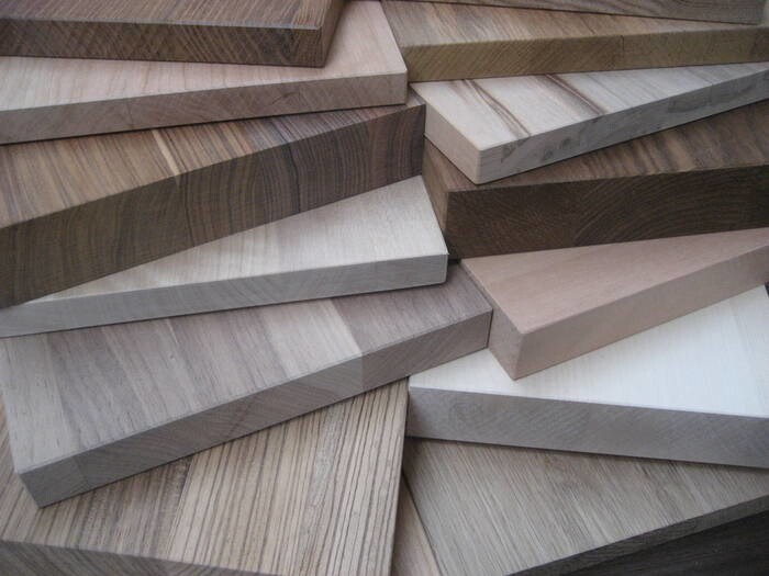 LOGO_Wunschformate in 50 Holzarten  individuell nach Maßliste produziert.