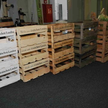 LOGO_wine boxes, apple boxes and wooden crates