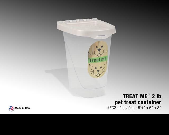LOGO_TREAT ME™ 2 lb pet tread container