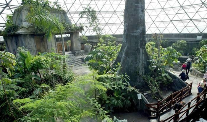 LOGO_Rainforest 'Biodomes' and Aviaries
