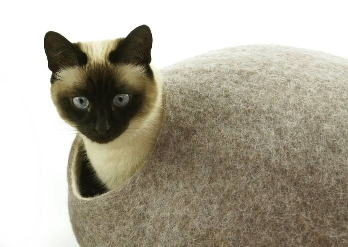 LOGO_Cat bed, house, cave. Handmade. Ecological sheep wool. Made in Lithuania. Since 2013