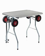 LOGO_Grooming table with big wheels
