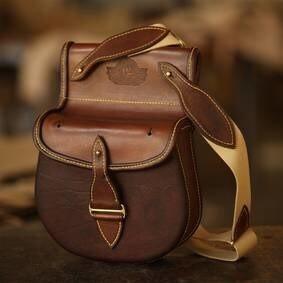 LOGO_The King Williamstown Cartridge Bag