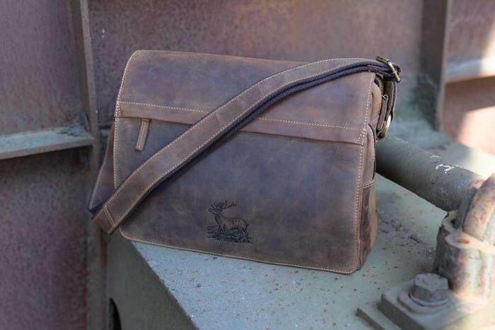 LOGO_Vintage A4 Tasche Stag 3