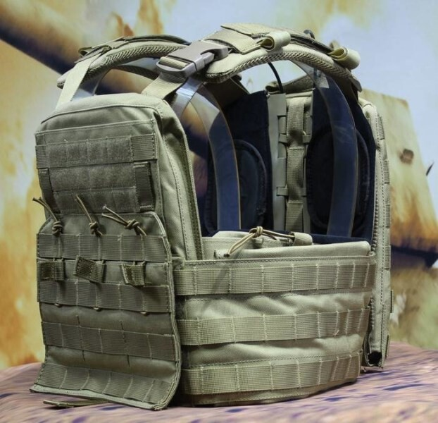 LOGO_adv plate carrier