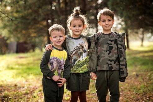 LOGO_Jackets for children
