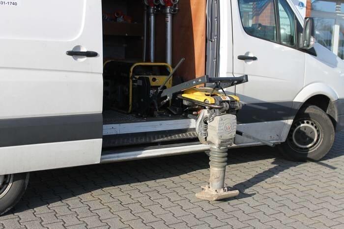 LOGO_Arbeitssicherheit im Baugewerbe mit dem Stampferlift LEO
