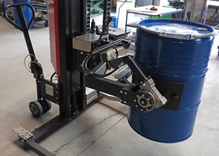 LOGO_Fasshubwagen mit Dreh- Greifer- System