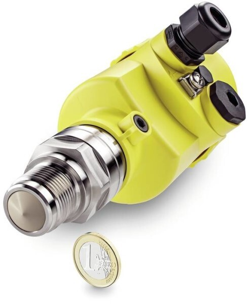 LOGO_VEGAPULS 64 - First radar level sensor for liquids with 80 GHz