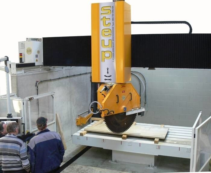 LOGO_5 Axis CNC - Bridge saw