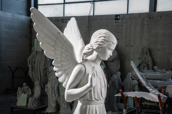 LOGO_Angel Mod. 2000 in reconstituted Carrara Marble