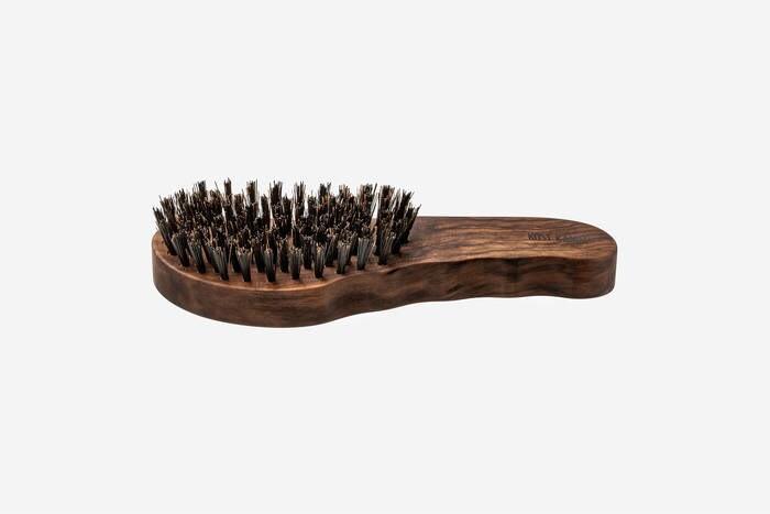 LOGO_hair brush, waxed walnut tree