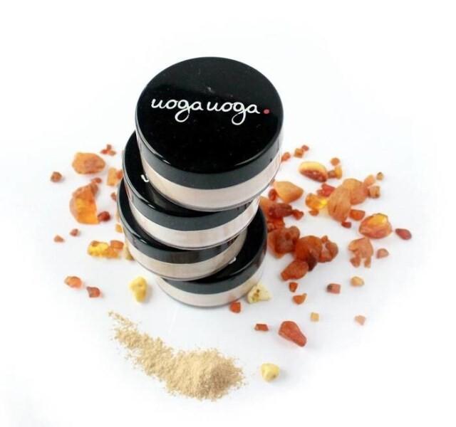 LOGO_Natural foundation powder with amber