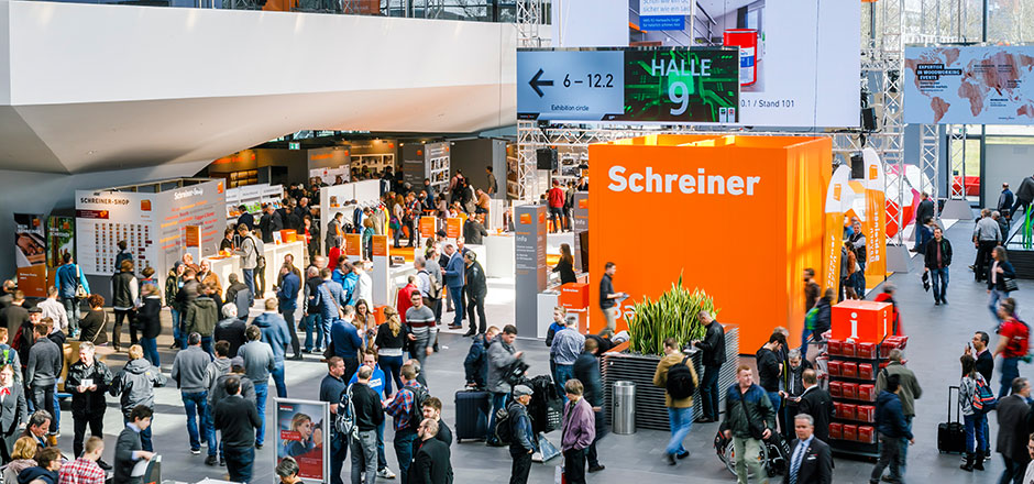 Rückblick Holz-Handwerk 2018 - Eingang Mitte Schreiner