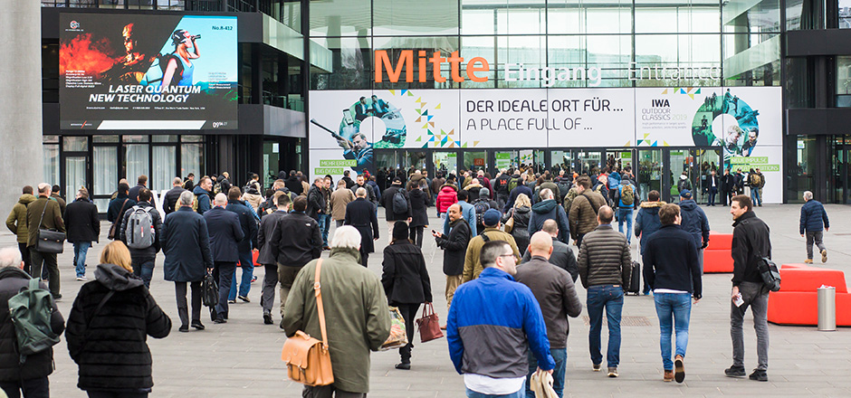 Review 2019 - Entrance Mitte