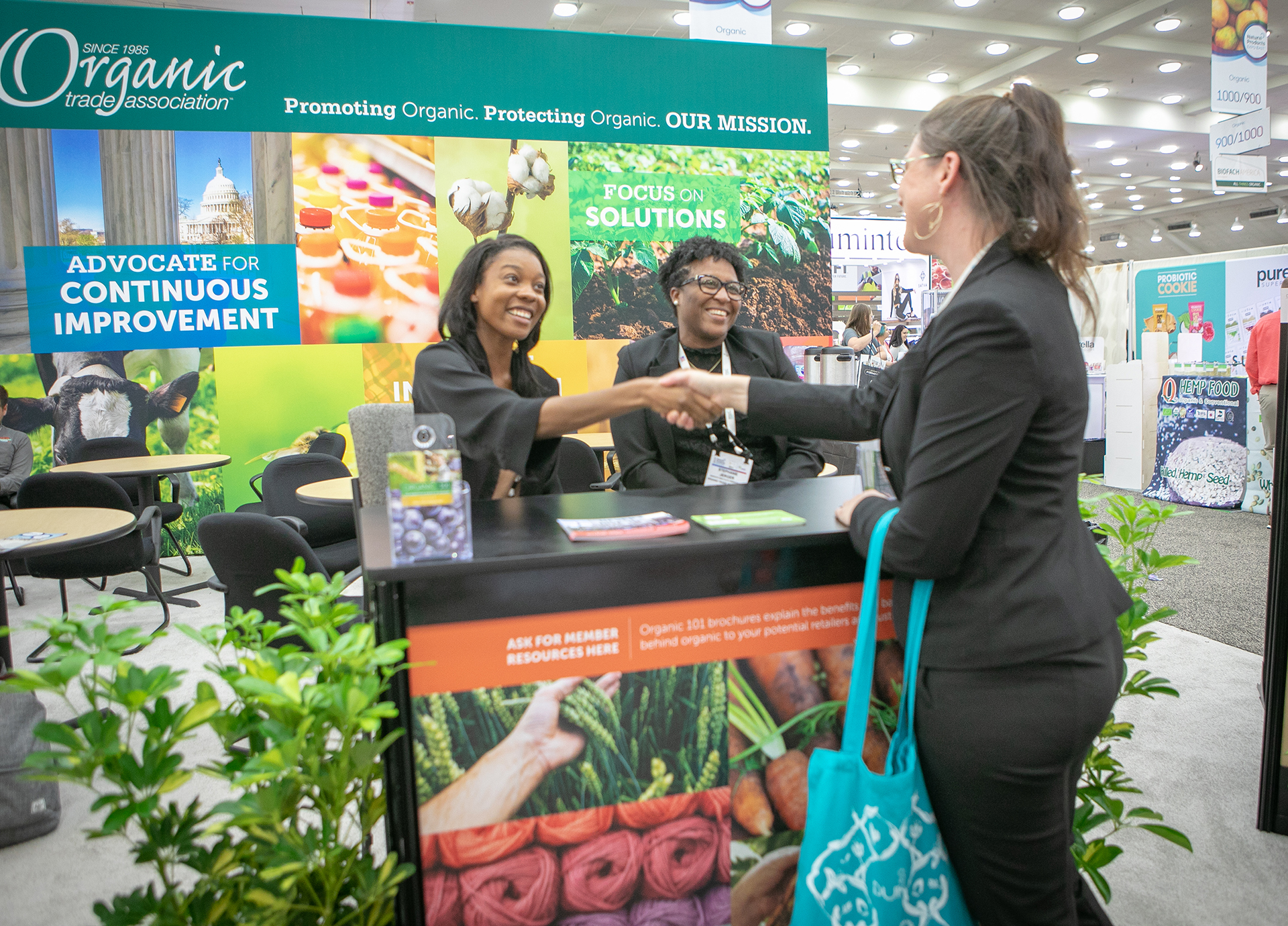 BIOFACH America Review 2019 - Exhibitors and visitors